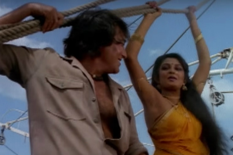 Watch: Throwback video of Baahubali's Sivagami dancing with late Vinod Khanna is the best thing you'll watchtoday
