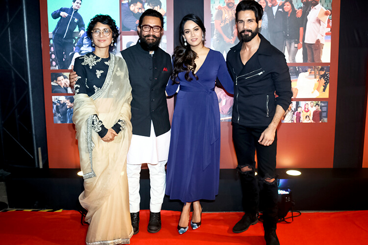 Aamir Khan with Shahid Kapoor, Mira Kapoor, and wife Kiran Rao at Dangal success party