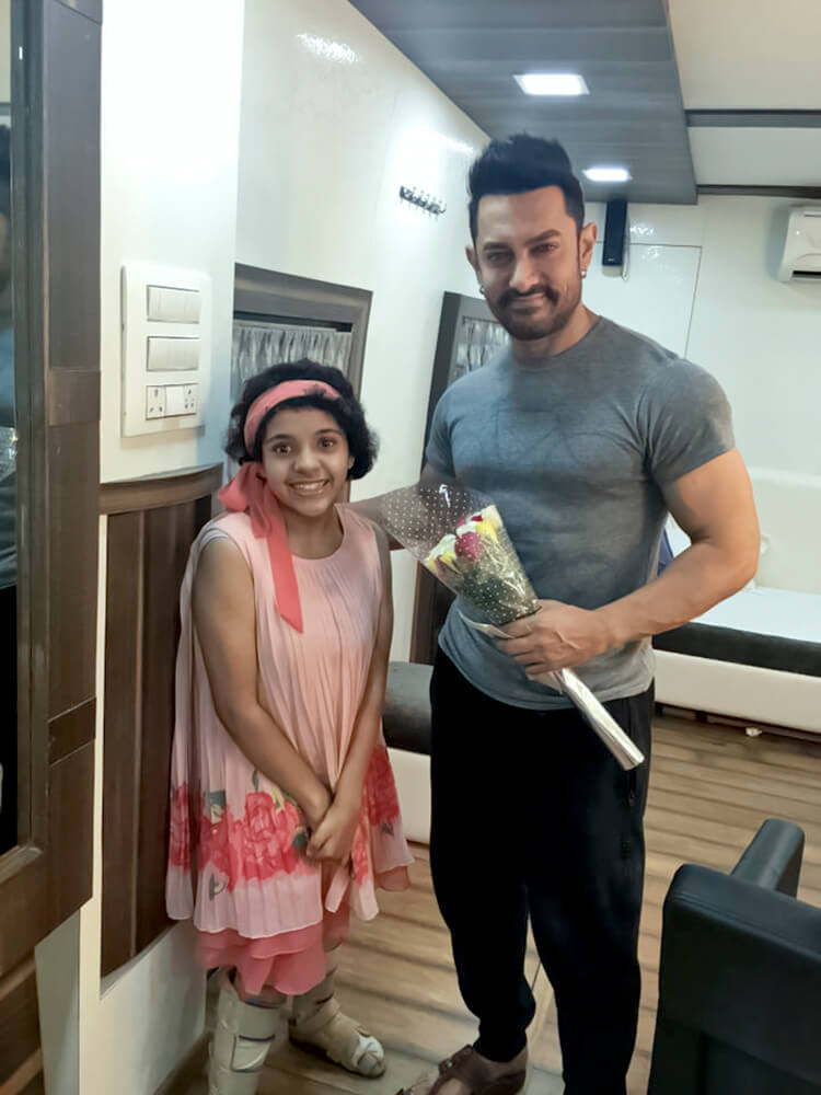 Aamir Khan gave some of his personal time to this cute fan