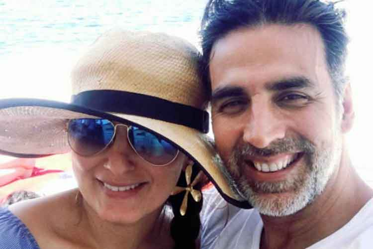 Akshay Kumar and Twinkle Khanna personal photo