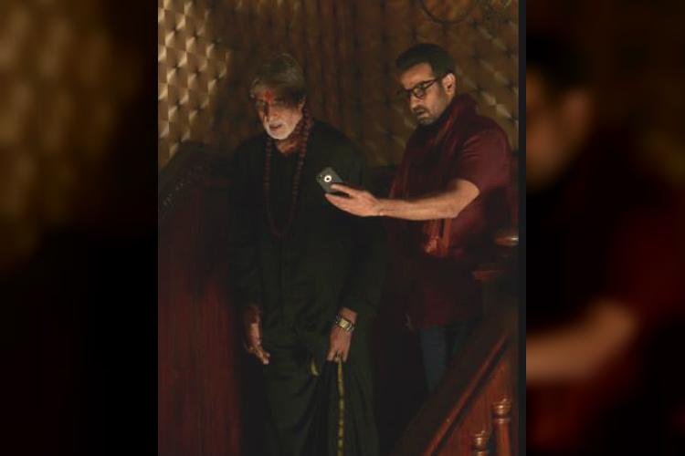 Amitabh Bachchan and Ronit Roy in Sarkar 3