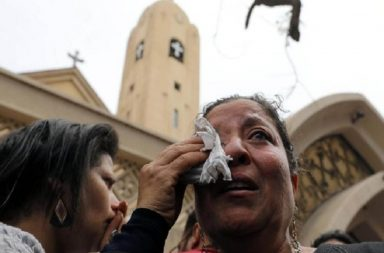 26 dead after gunmen attack bus of Christians in Egypt