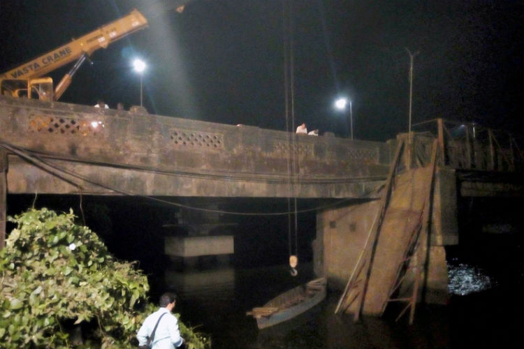 Sanvardem Bridge collapse (Photo: PTI)