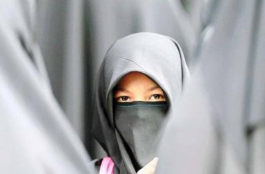 UK Independence Party vows to ban Burqa,