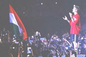 Justin Bieber Purpose Tour Mumbai concert