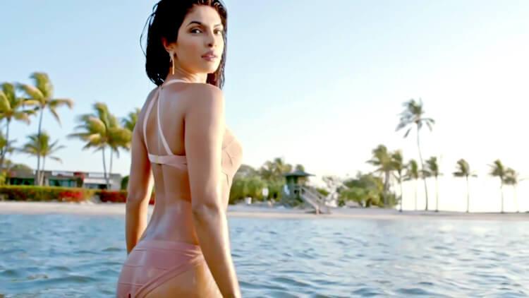 Priyanka Chopra is dazzling in bikini