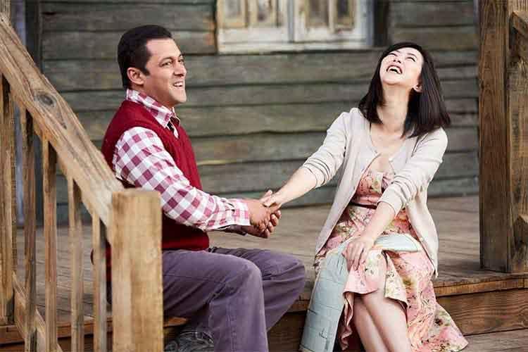 Salman Khan with Zhu Zhu photo