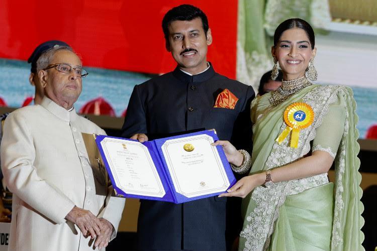 Sonam Kapoor receiving National Film Award 2017