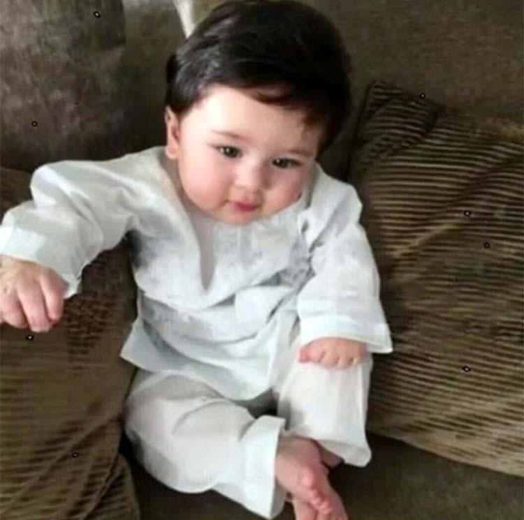 Cute Taimur Ali Khan goes Nawabi