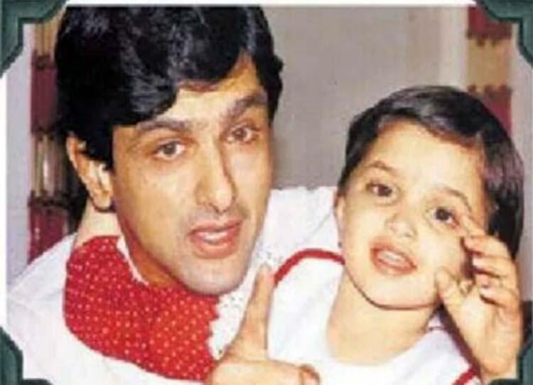 kareena kapoor was a beautiful child | Childhood photos of ...