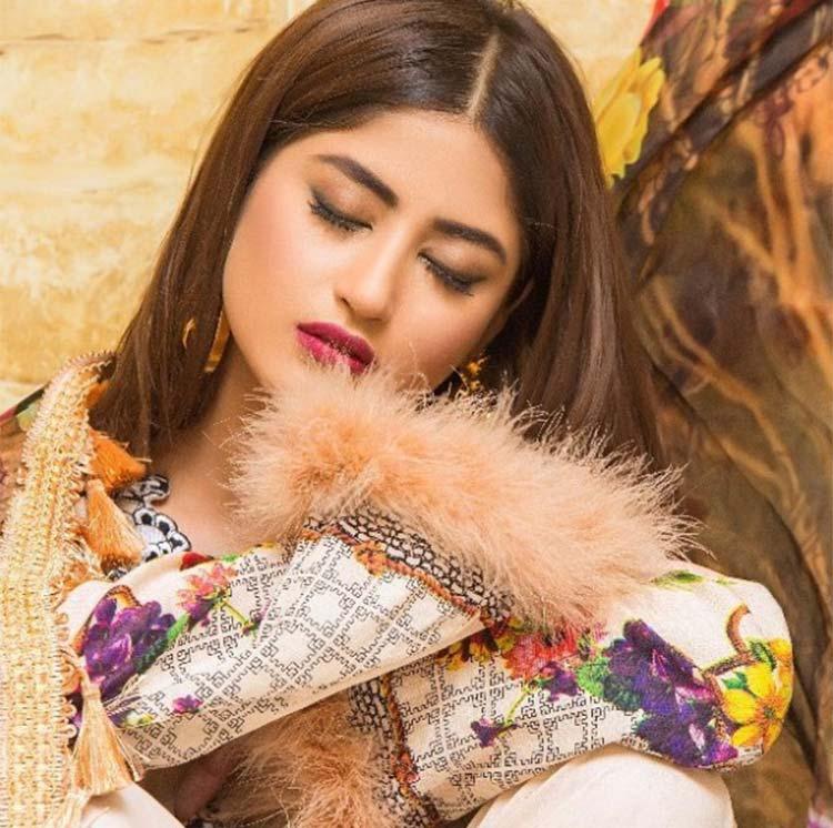 In Pics Meet The Beautiful Pakistani Actress Sajal Ali Who Plays