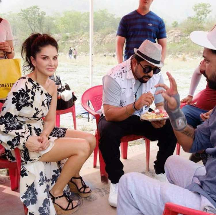 Image result for Sunny Leone And Rannvijay Singh From The Sets Of MTV Splitsvilla