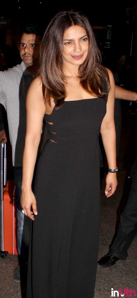 Priyanka Chopra smiles for the shutterbugs