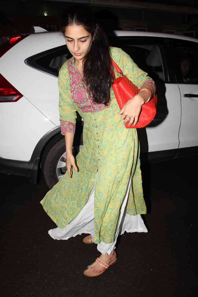 Sara Ali Khan goes for an outing