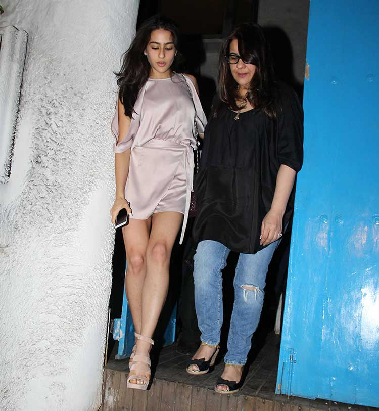 Sara Ali Khan with mother Amrita Singh
