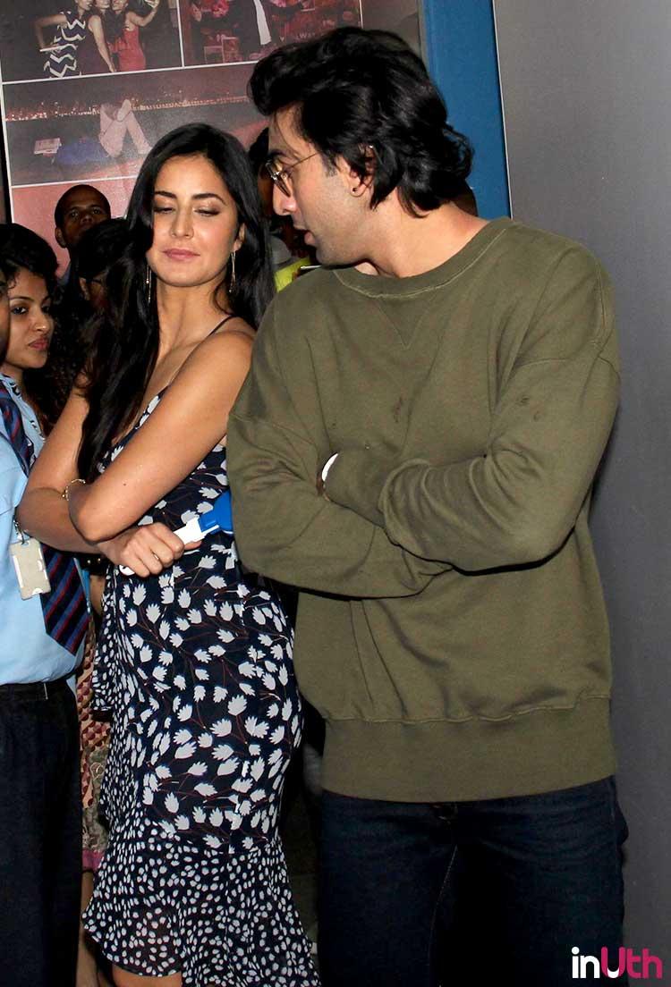 Ranbir Kapoor and Katrina Kaif trying to pose for Jagga Jasoos promotions