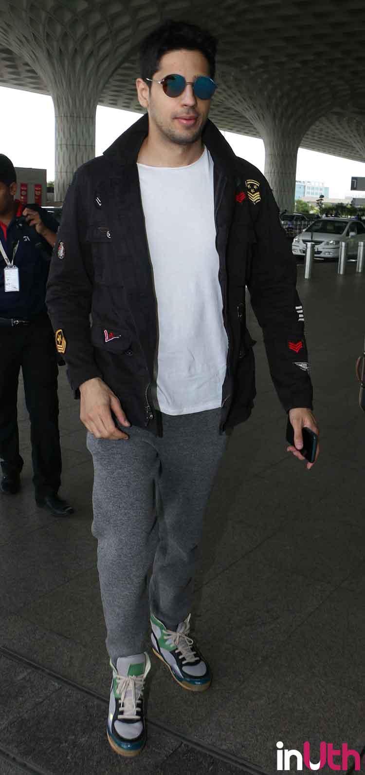 Sidharth Malhotra's dashing airport appearance