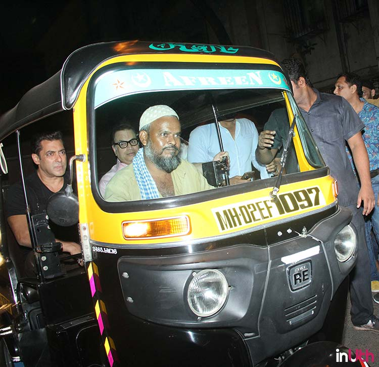 Salman Khan takes an auto ride with Ramesh Taurani
