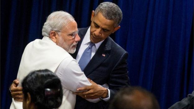 Narendra Modi hugs Former US President, barack Obama