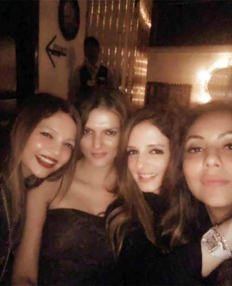 Gauri Khan with her friends at the launch party of Arth lounge bar