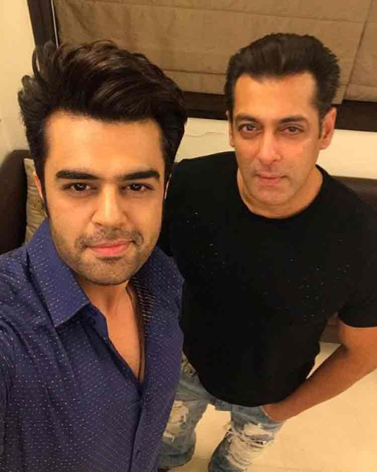 Maniesh Paul with Salman Khan at the big Eid party