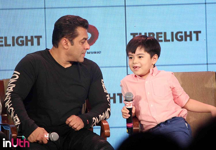 Salman Khan with Tubelight child star during a promotional event