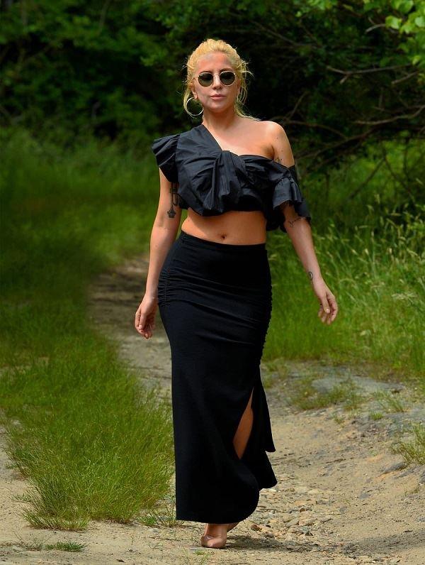 Lady Gaga, Lady Gaga hike