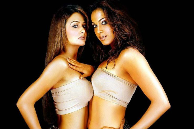 girlfriend-homosexuality-in-bollywood-movie-image-for-inuth