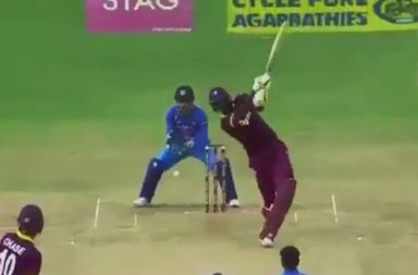 MS Dhoni, Jason Holder, Kuldeep Yadav, India vs West Indies