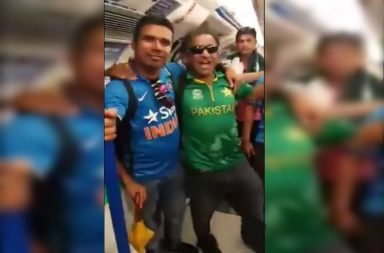 India-Pakistan fans Together