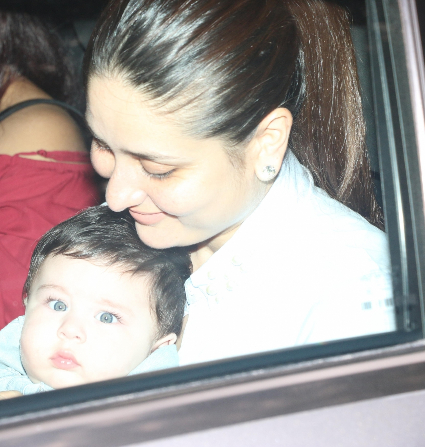 Kareena Kapoor with Taimur Ali Khan during Tussar Kapoor son Laksshay's first birthday party