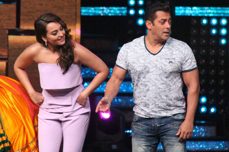 Nach Baliye 8: When Salman Khan MOCKED his own dancing skills!