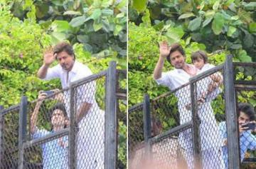 Shah Rukh Khan and AbRam their fans on Eid photos