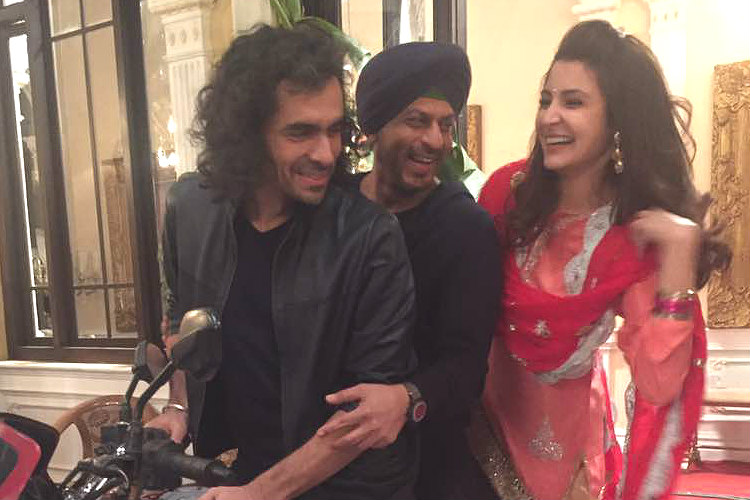 Anushka Sharma, Shah Rukh Khan and Imtiaz Ali on sets of Jab Harry Met Sejal