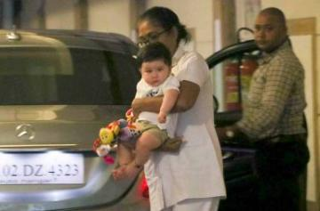 Taimur Ali Khan evening outing photo
