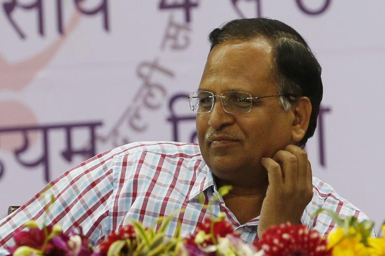 Money laundering case: CBI team questions Delhi Health Minister Satyendar Jain's wife