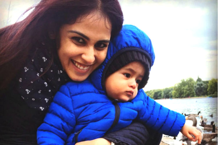 genelia-dsouzas-wishes-for-son-riaan-on-first-birthday-201511-630579