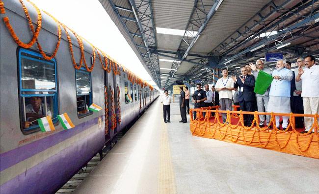 Prime Minister Narendra Modi flags off  train to Vaishno Devi. (File photo: PTI)
