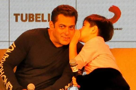 Matin Rey Tangu and Salman Khan
