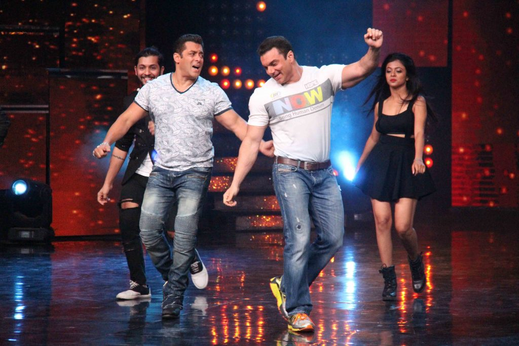 Sonakshi Sinha reminisces Dabangg days when Salman Khan appeared on Nach Baliye