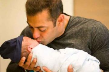 Salman Khan fathers day special photo