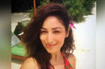 Yami Gautam Maldives photo