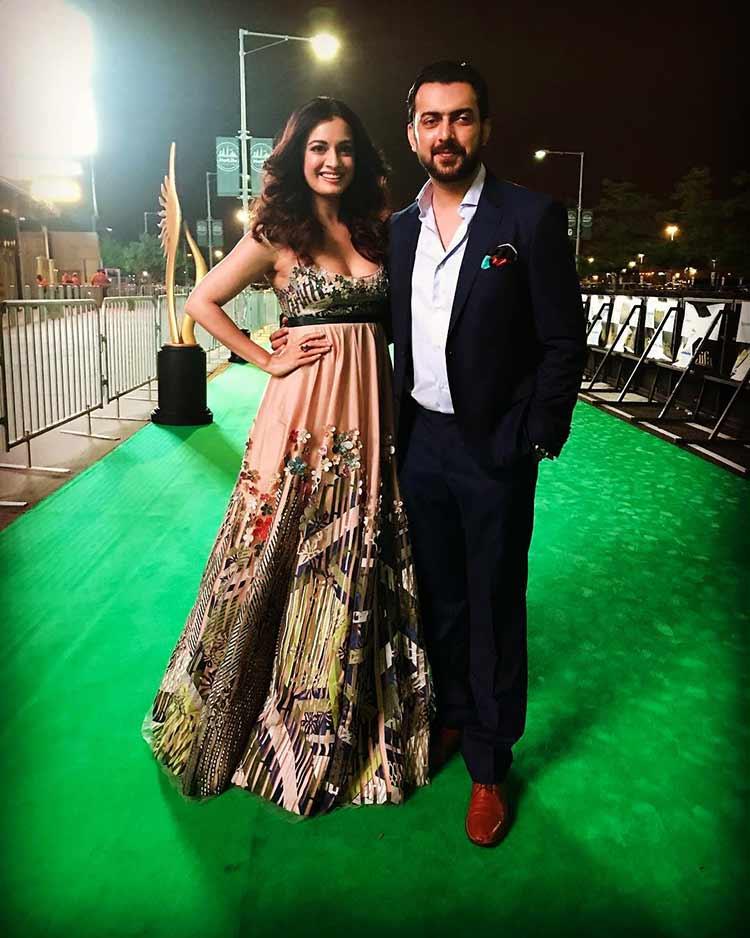 Diya Mirza stunning the IIFA Rocks 2017 green carpet