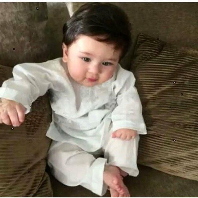 Taimur Ali Khan, Instagram photos