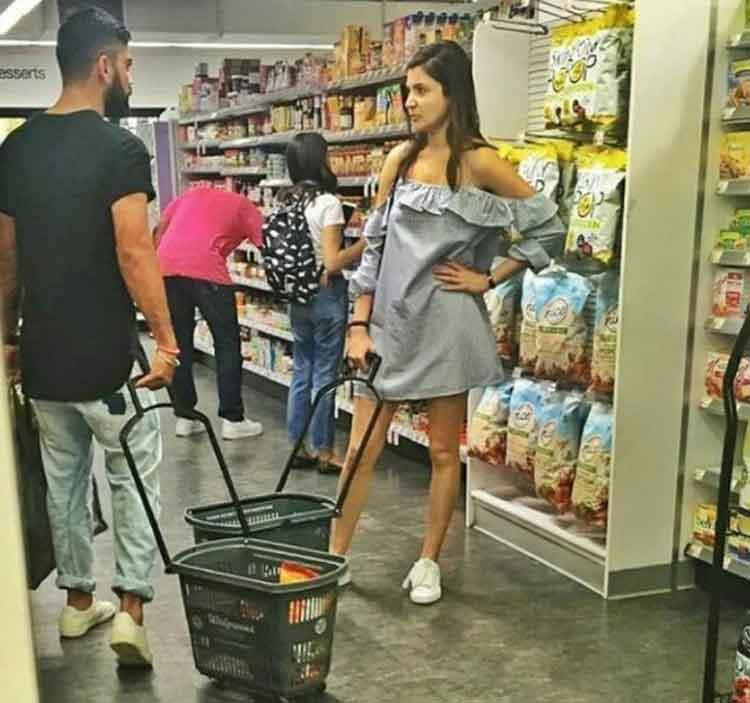 Anushka Sharma and Virat Kohli grocery shopping in New York