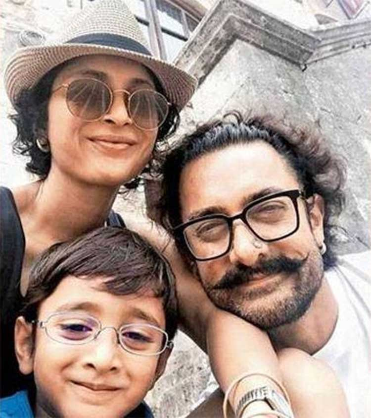 Azad Khan clicks a selfie with Aamir Khan and Kiran Rao