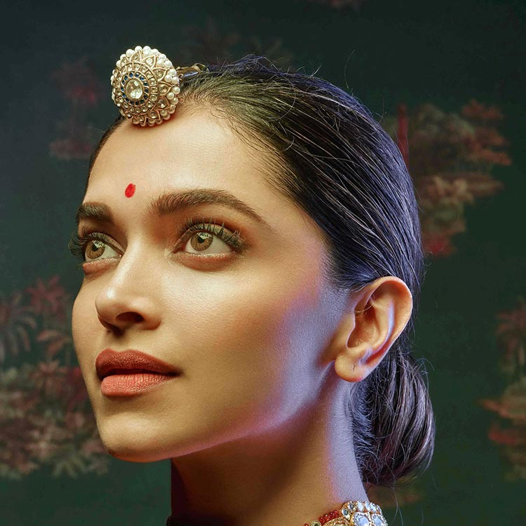 Deepika Padukone is exuberating royalty in this new photoshoot