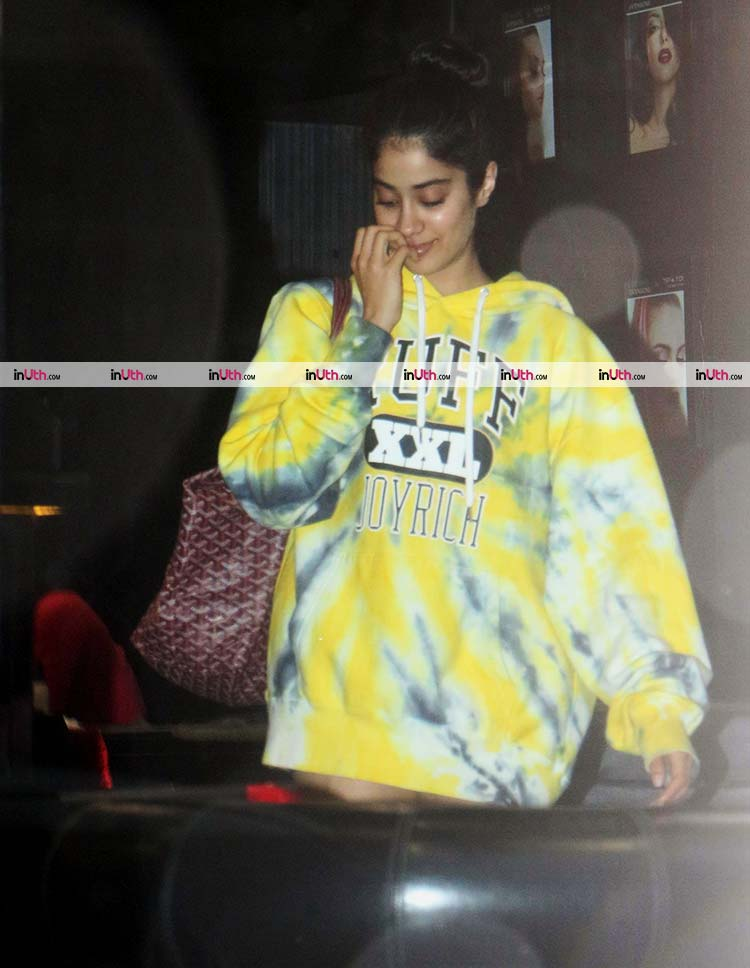 Jhanvi Kapoor spotted outside a salon in Bandra