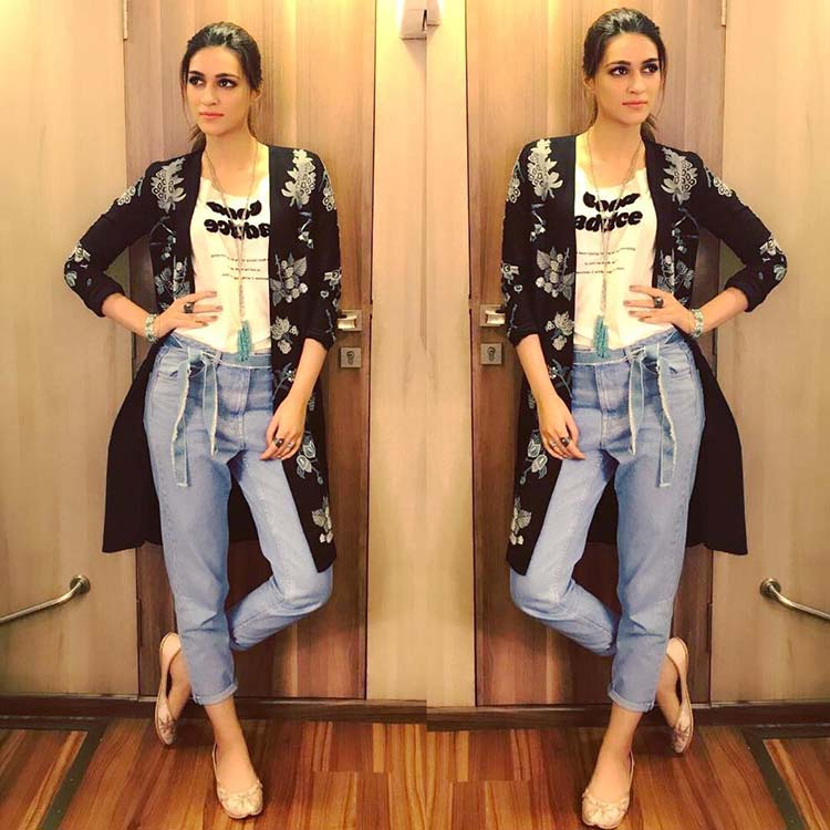 Kriti Sanon becomes the cool chic for Bareilly Ki Barfi promotions