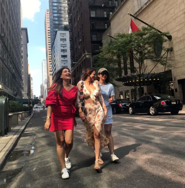 Malaika Arora enjoying in New York with her friends